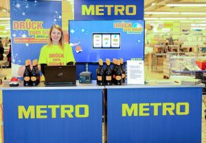 Metro Whinning Wheels Promotionsstand