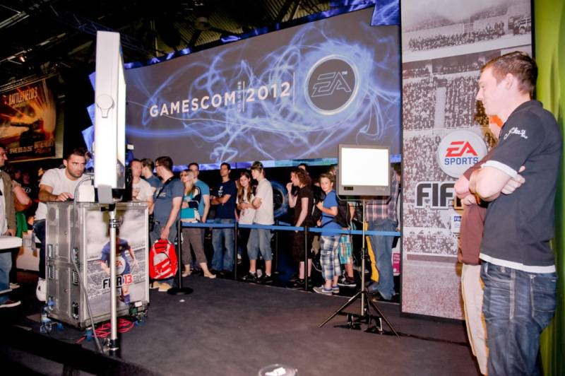 Gamescom | Electronic Arts | Bluescreen Fotoaktion | Sofortbild | Messe